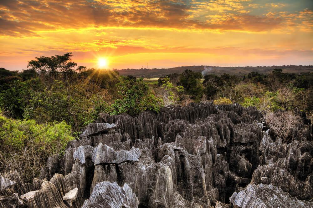 Atardecer en el Tsingy de Bemaraha