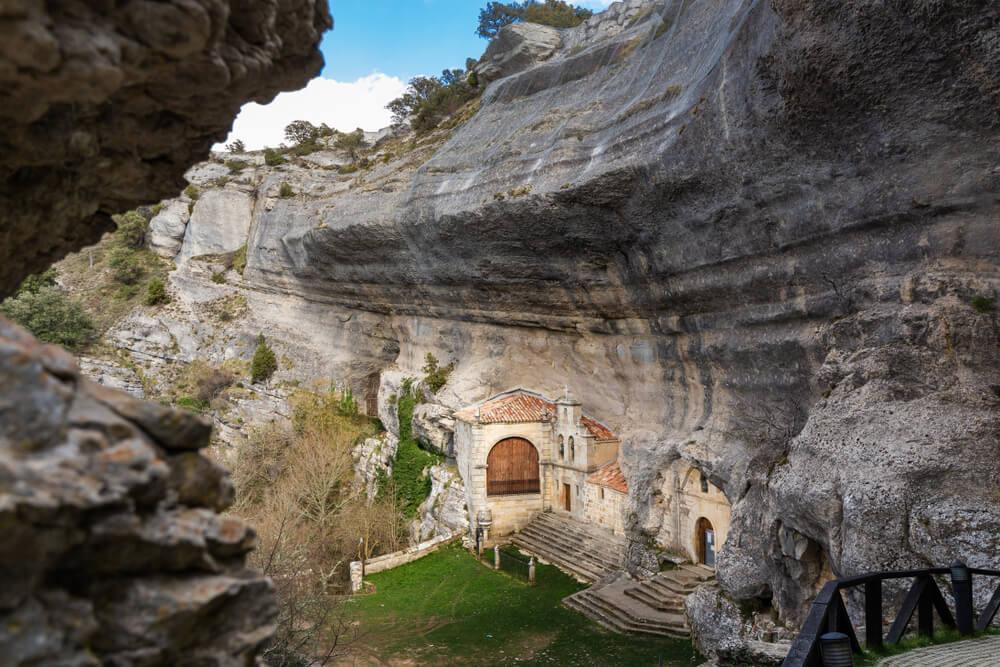 La ermita de Ojo Guareña es un atractivo de esta zona.