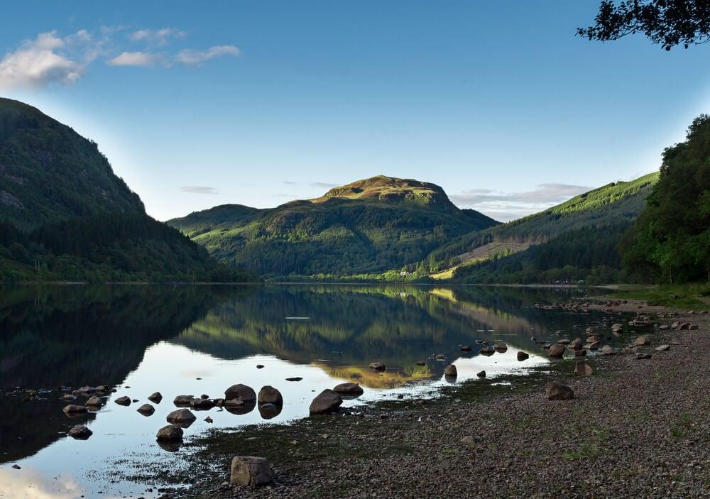 Lago Katrine, en Escocia.