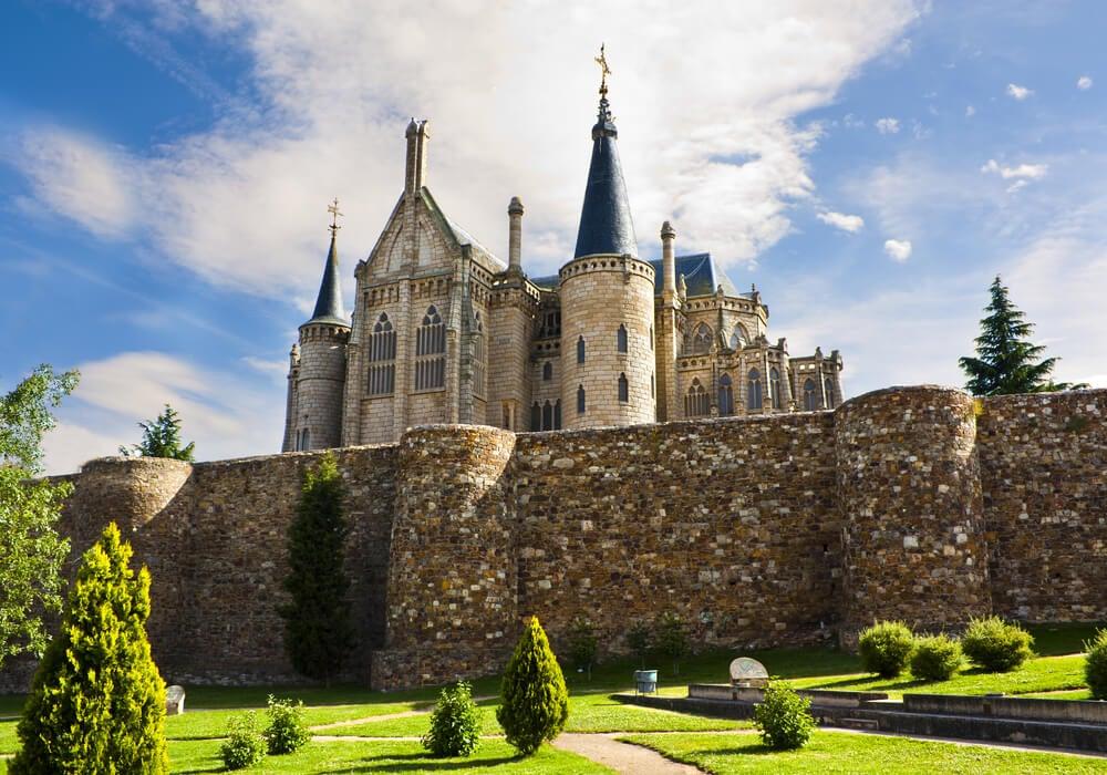 El Palacio Gaudí, ubicado en la actual provincia de León.