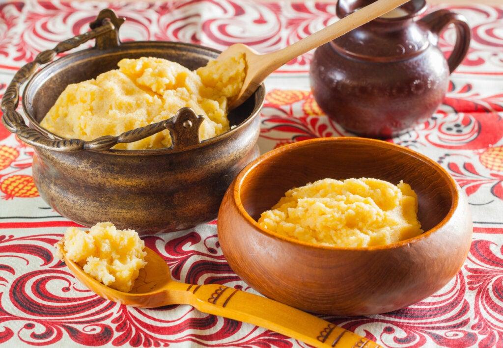 El banush, una especialidad para comer en Ucrania.