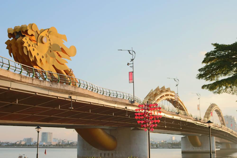 Puente del Dragón, en Vietnam.