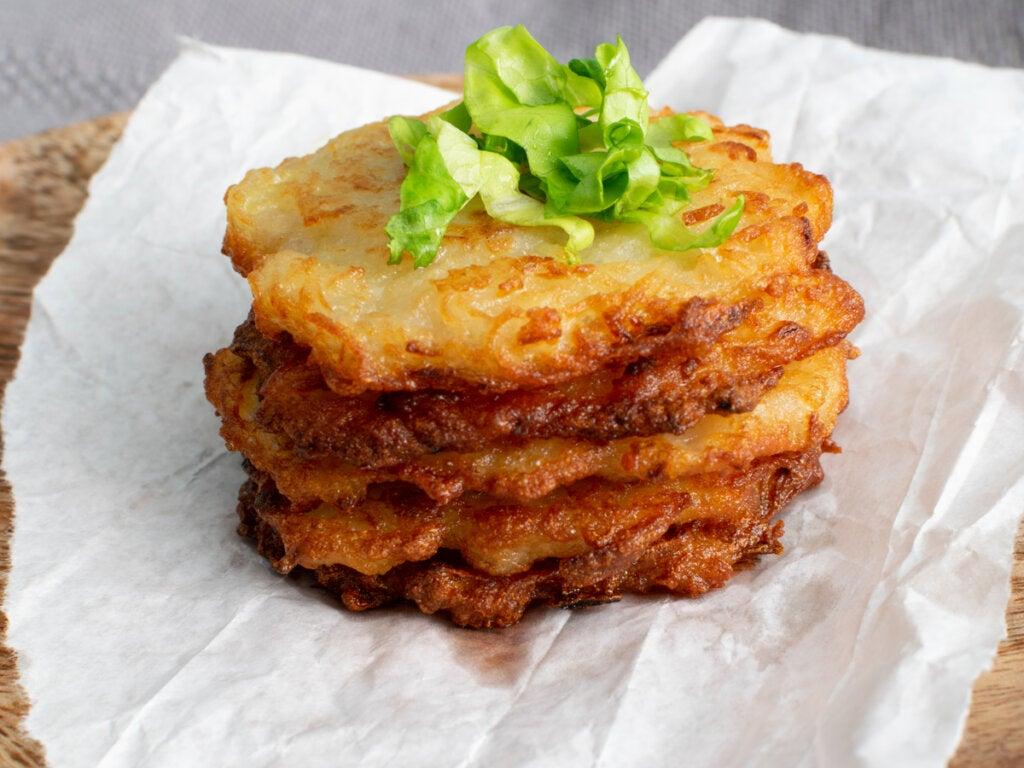 El deruny es como un panqueque que se hace con patatas.