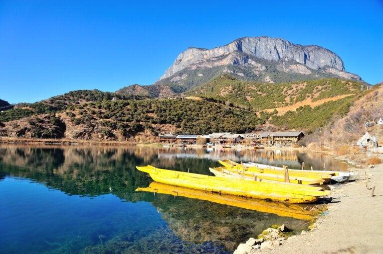 Lugu: uno de los lagos más bellos de China