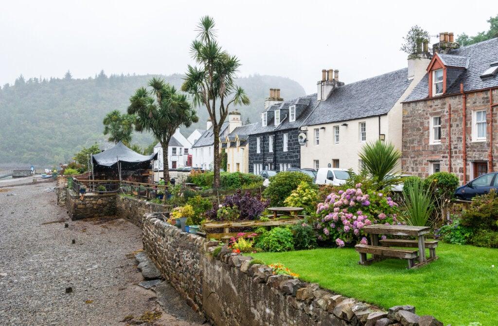 Plockton, en Escocia, durante un día de lluvia.