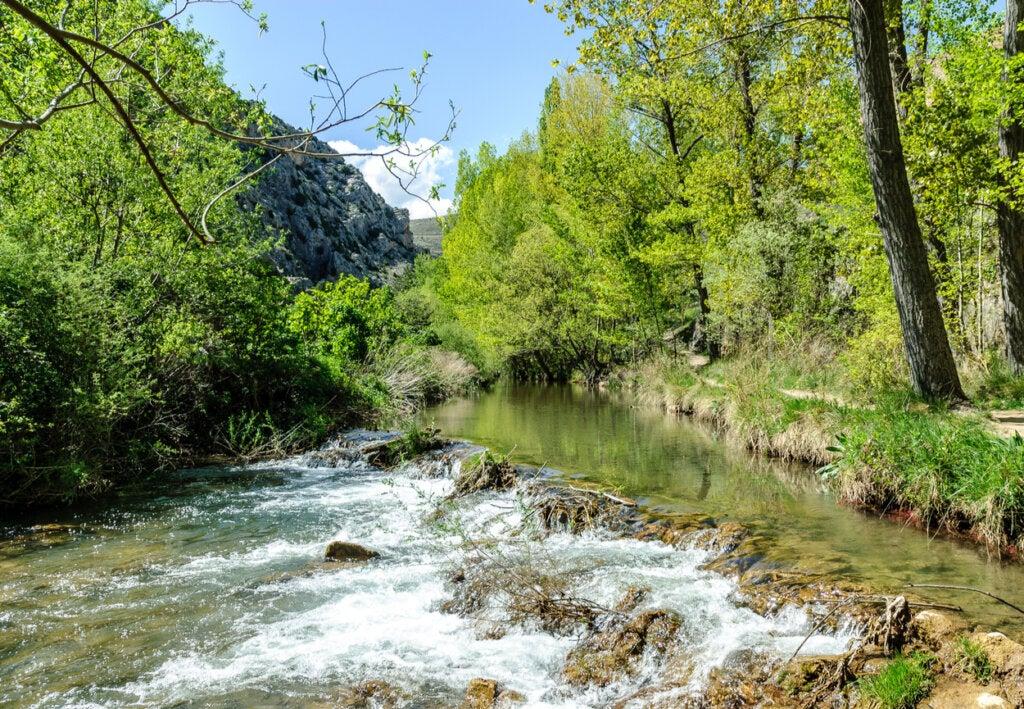 El Río Guadalaviar, a la altura de Albarracín.