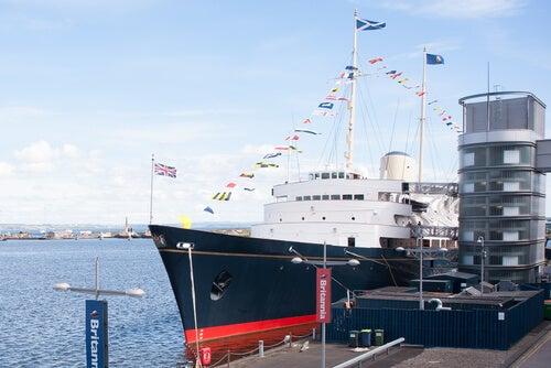 El Royal Yatch Britannia, uno de los atractivos del puerto de Leith.