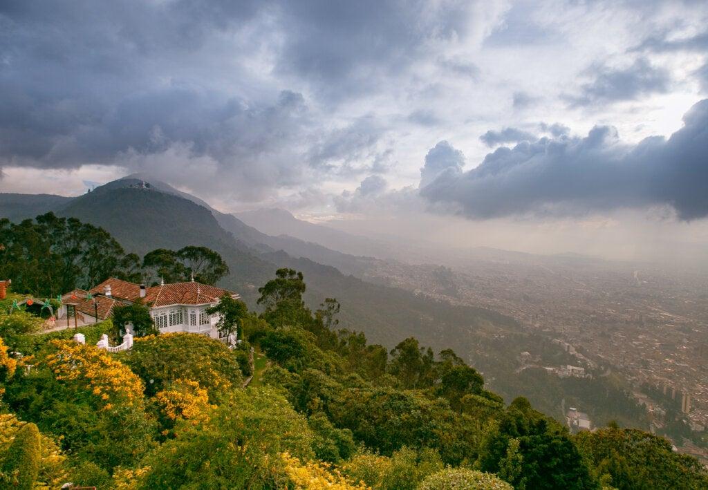 El cerro de Monserrate en Bogotá
