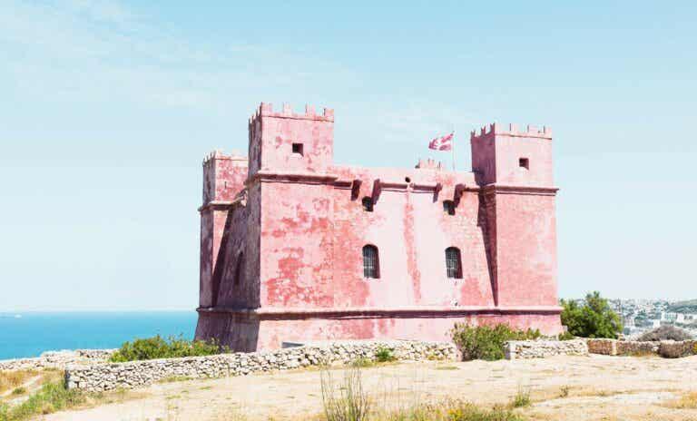 The Red Tower: historia de su construcción