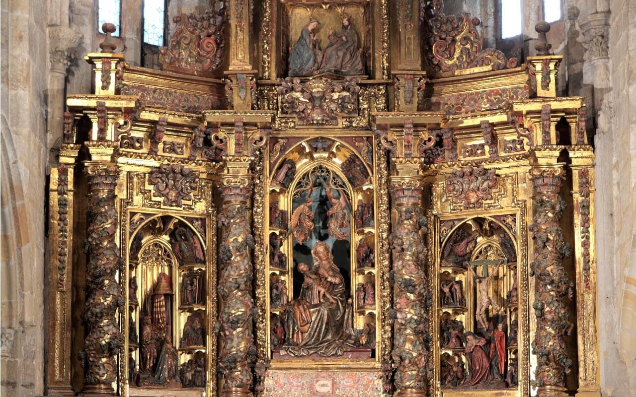 Retablo de Belén, en la Iglesia de Santa María de la Asunción de Laredo.