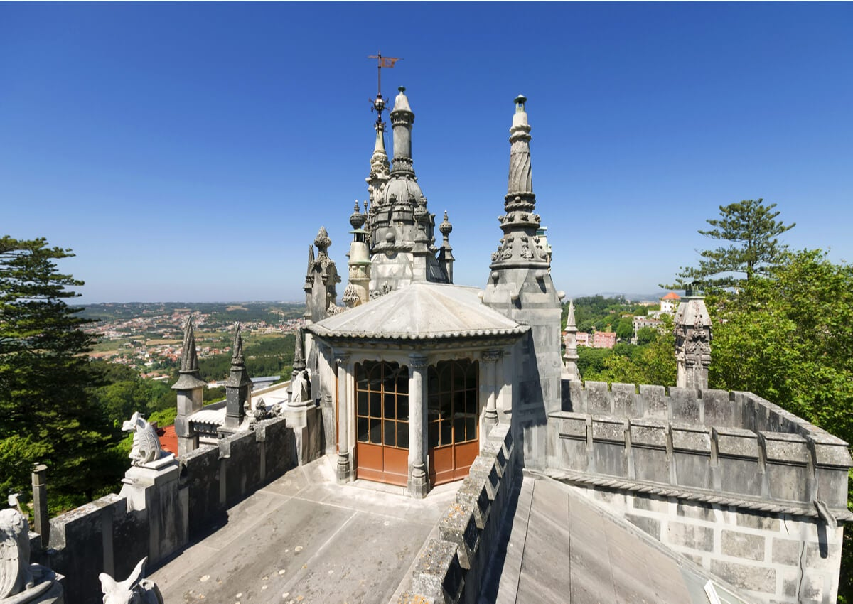 Terraza y balcón del Palácio da Regaleira.