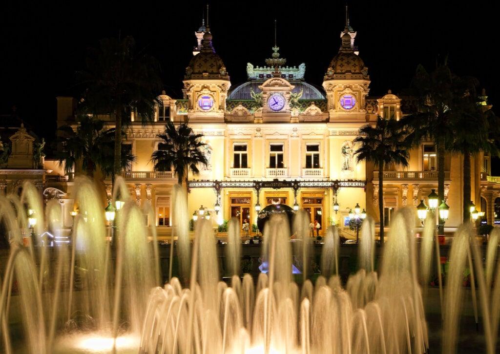 El Casino de Montecarlo, una de las atracciones del Principado de Mónaco.