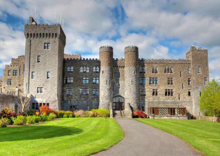 10 impresionantes hoteles castillo en Europa