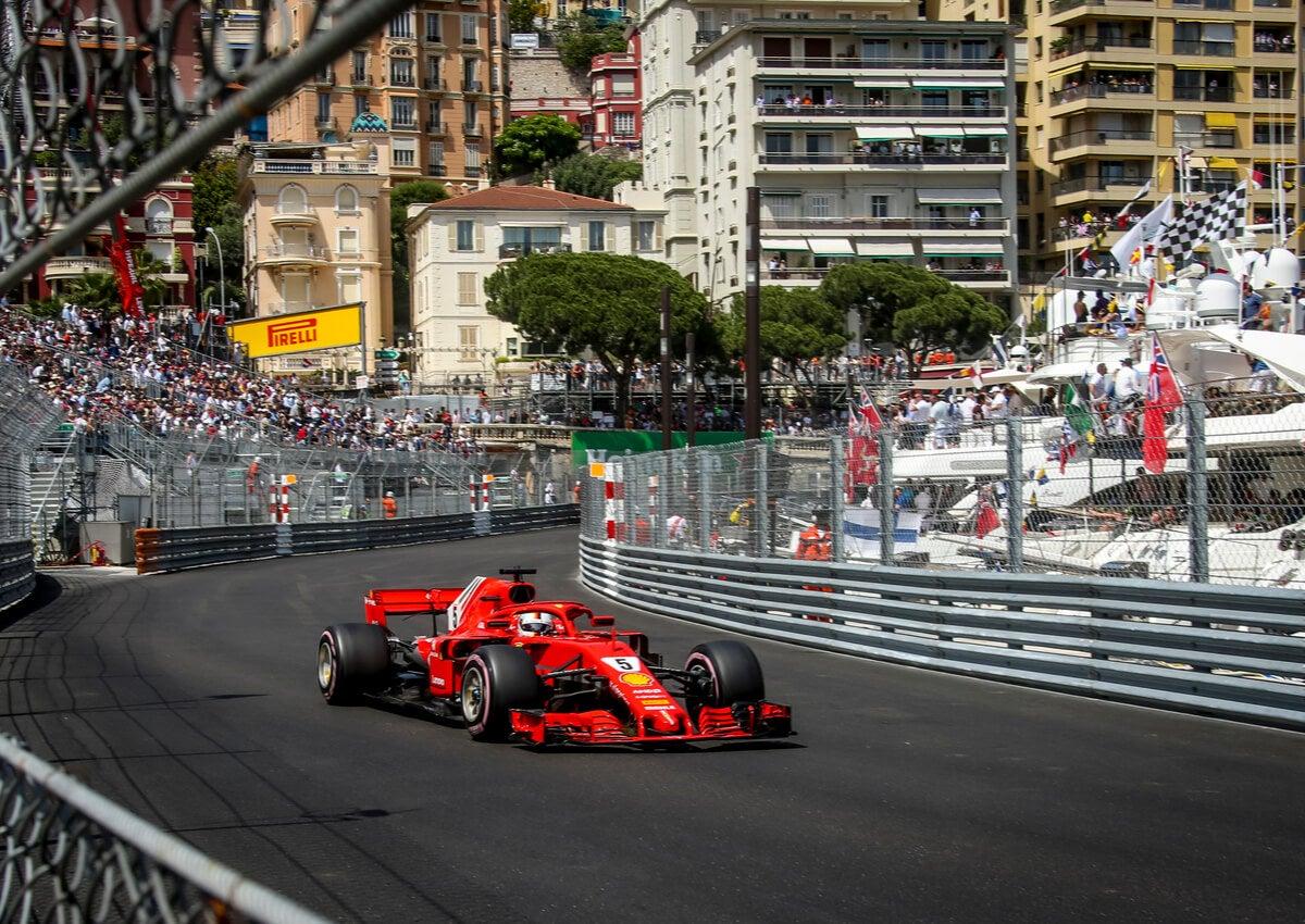 El Gran Premio de Mónaco se disputa en plena ciudad.