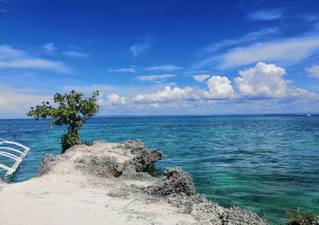 Paisaje del océano en la Isla Cebú, en Filipinas.