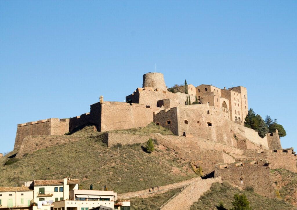 Parador Cardona es uno de los mejores hoteles castillo de España.