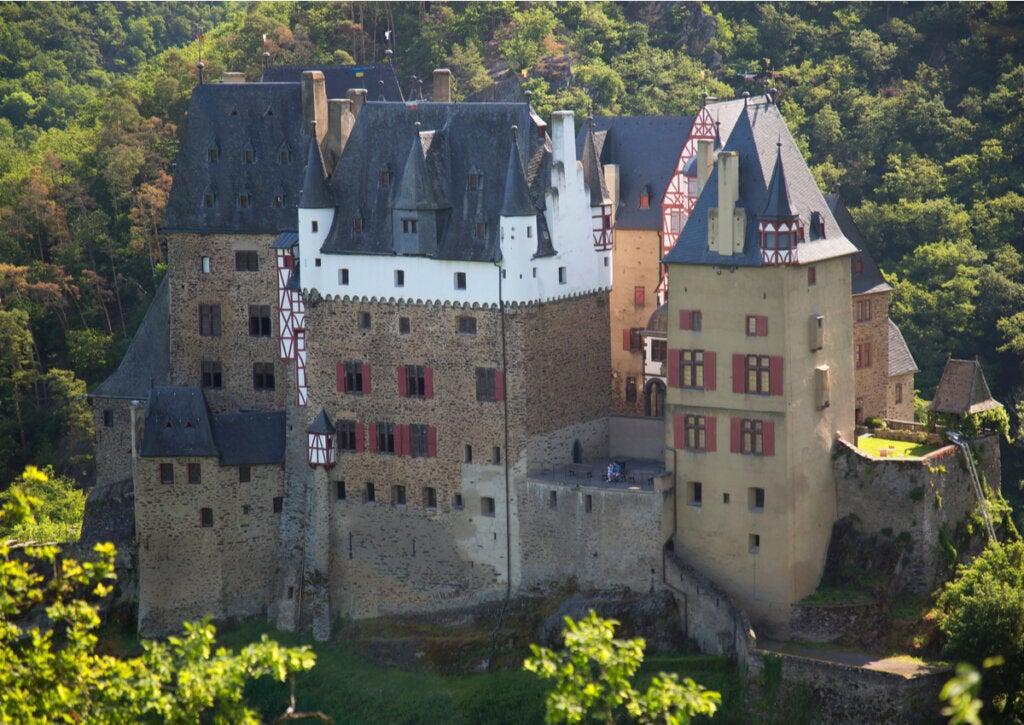 Parte trasera de un castillo medieval en Alemania.