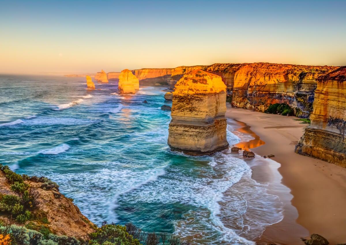 Hermosa vista de la playa de los Doce Apóstoles.