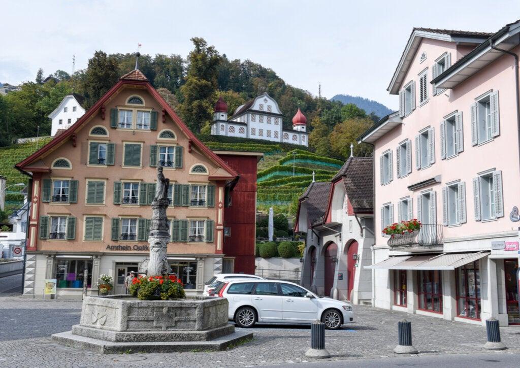 Plaza de la localidad de Sarnen, en Suiza.