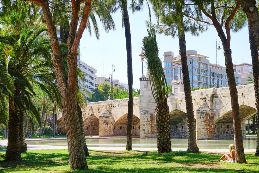 Los puentes son protagonistas en el jardín del Turia.