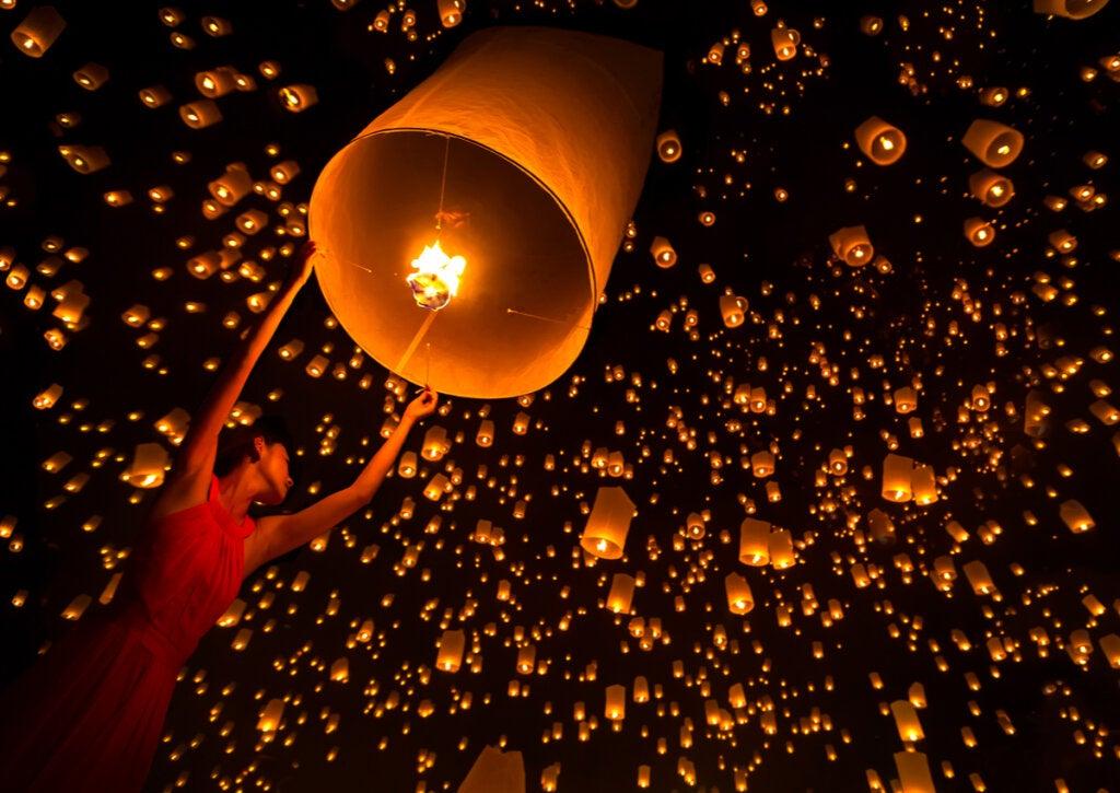 El Yi Peng, el festival de faroles en Tailandia