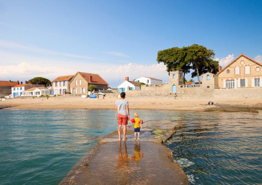 El Passage du Gois en la costa de la isla Noirmoutier.