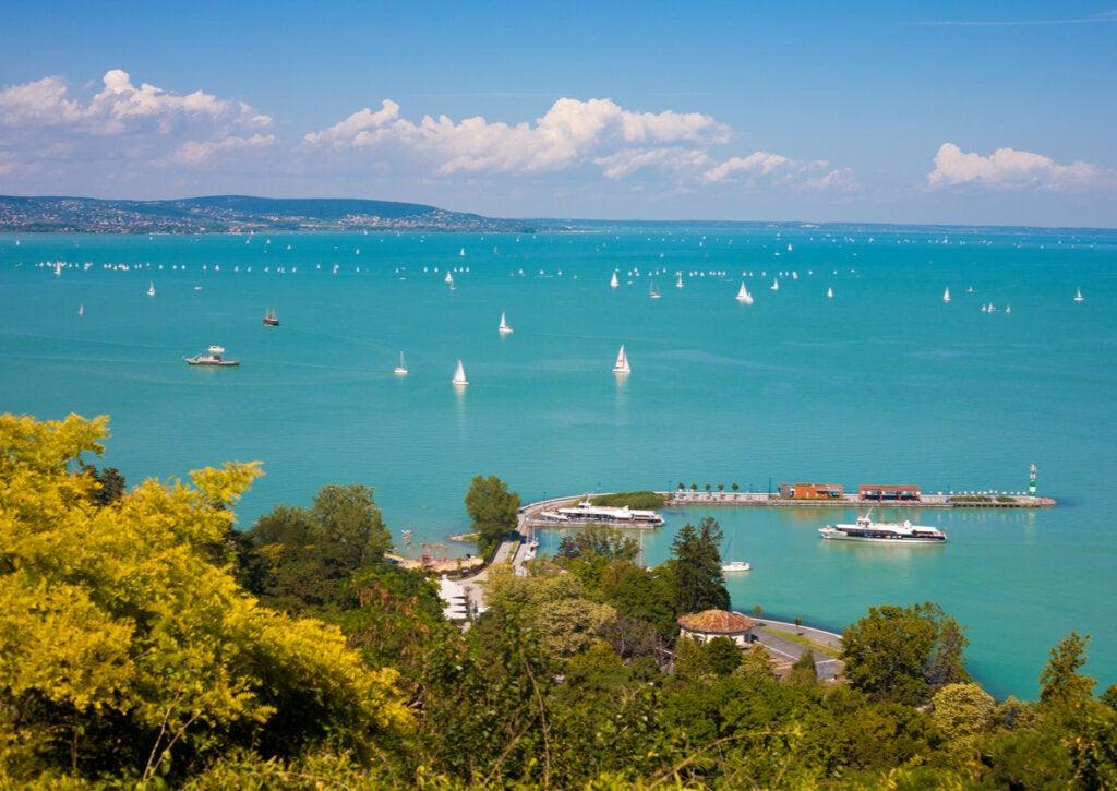 El lago Balatón en Hungría: un lugar con mucho encanto