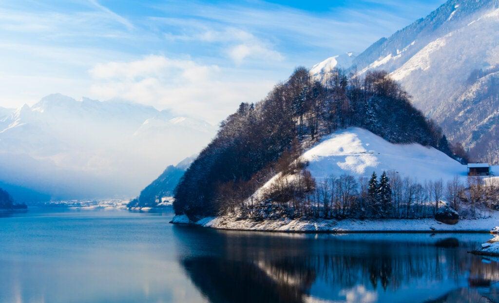 Lungern presenta muchas actividades incluso en invierno.