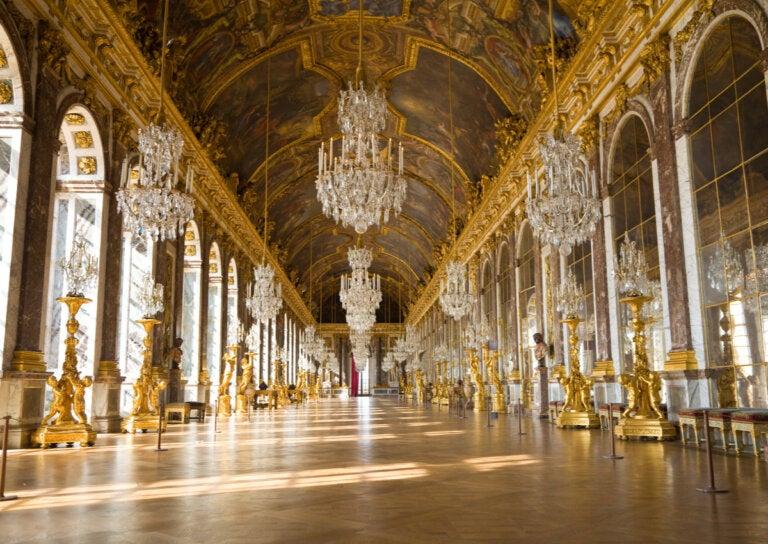 La Galería de los Espejos: un lugar que deslumbra a los visitantes