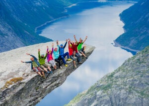 El impresionante balcón de Trolltunga en Noruega