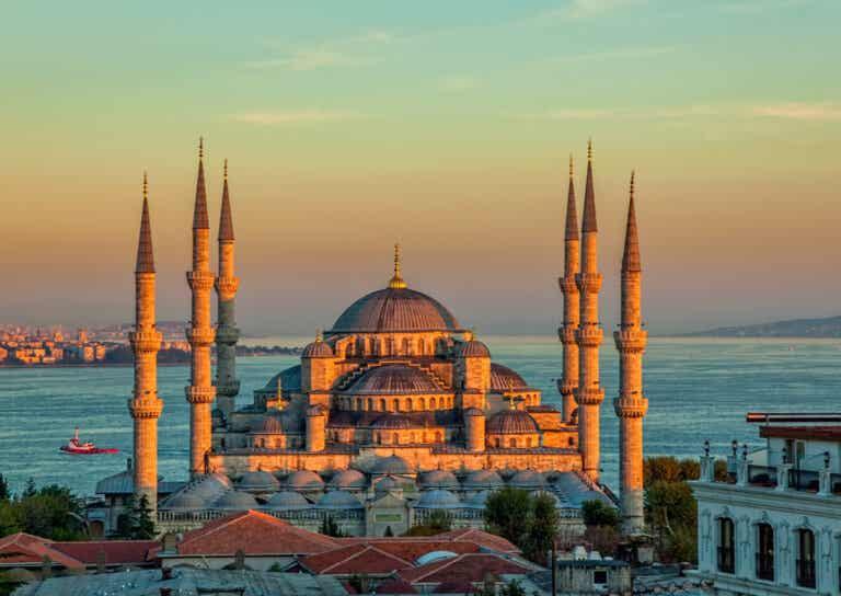 La Mezquita de Solimán: una de las más grandes de Estambul
