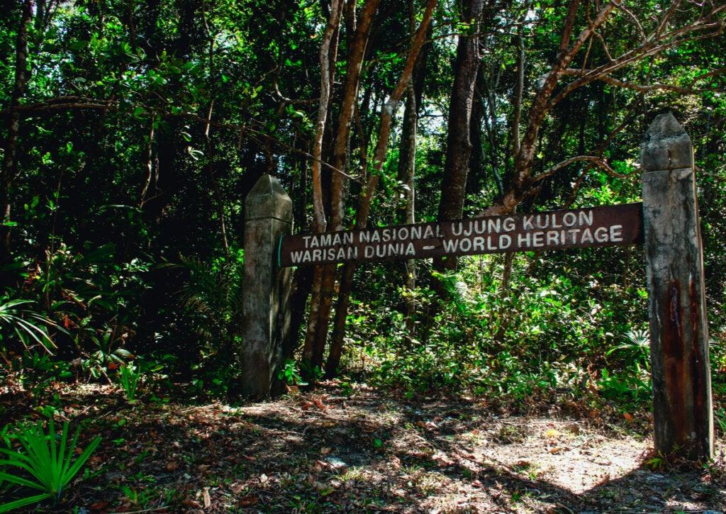 El Parque Nacional de Ujung Kulon en Indonesia