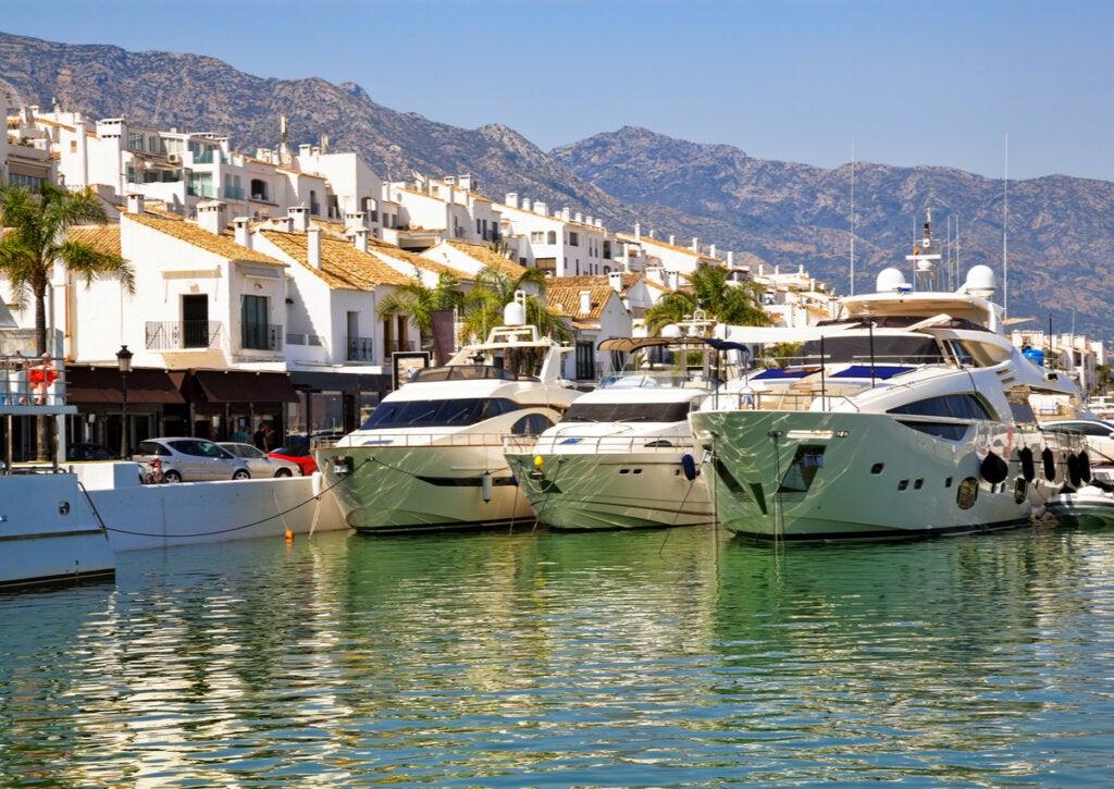 Puerto Banús, una de las mejores playas de Marbella.