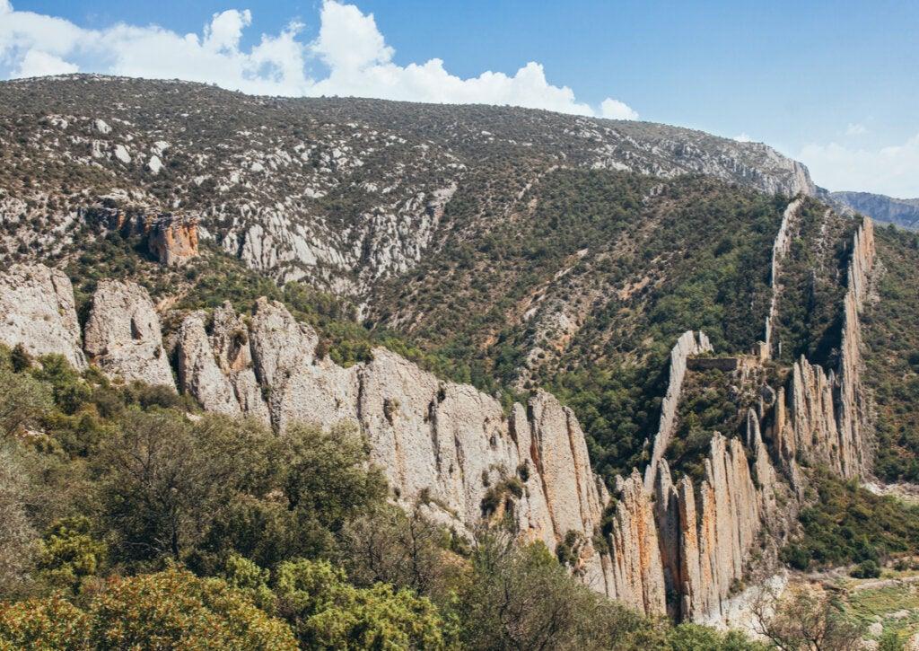 La gran muralla de Finestres en el Pirineo aragonés