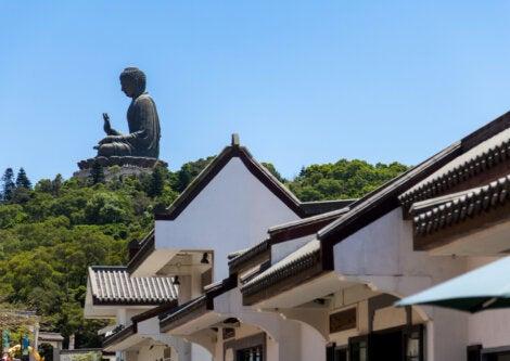 El gran Buda de Ngong Ping es la estatua más grande de Buda ubicada al aire libre.