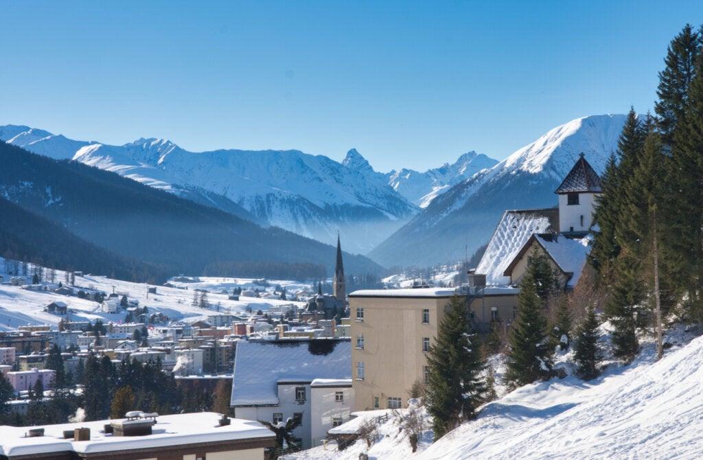 Graubünden en Suiza: un paisaje vestido de blanco