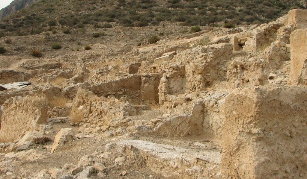 Acercamiento al yacimiento arqueológico de Medina Siyasa.