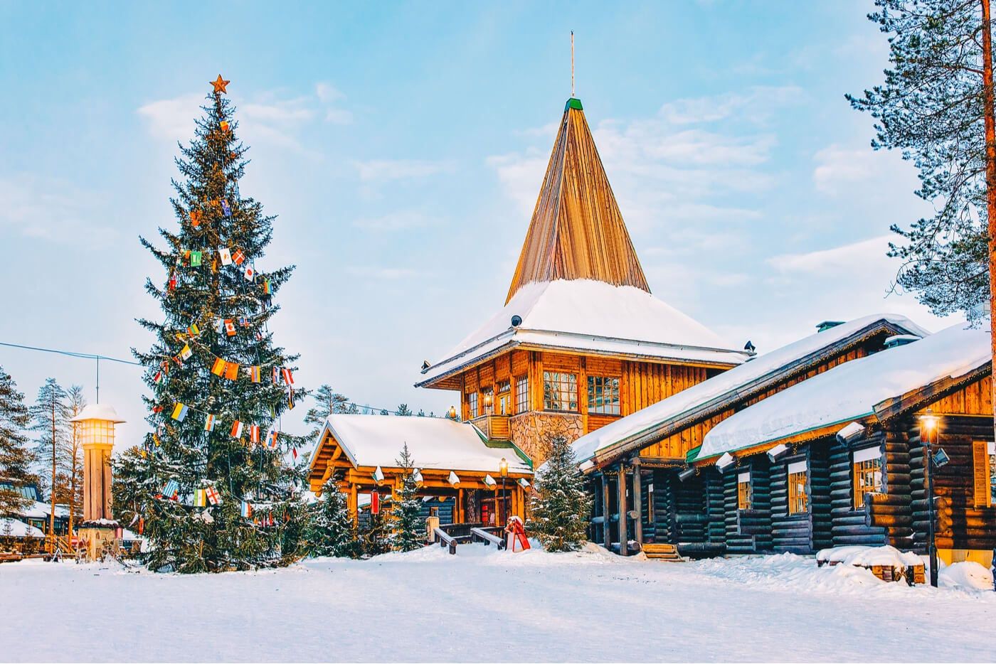 Rovianemi, en Finlandia, es uno de los mejores sitios para ir en Navidad.
