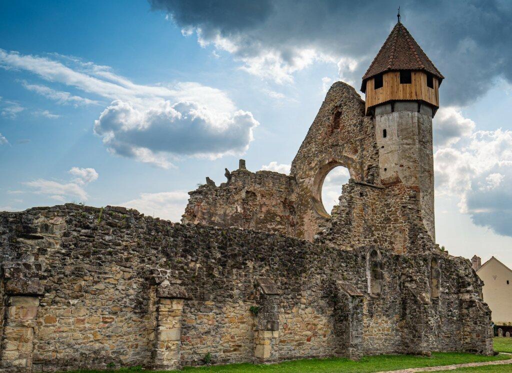 El monasterio de Carta es un ejemplo del estilo gótico en Transilvania.