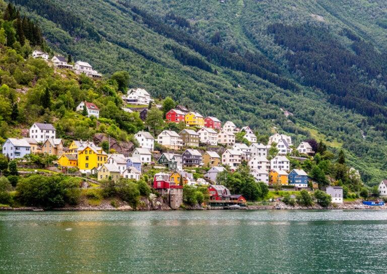 Odda en Noruega: un pequeño pueblo rodeado por la naturaleza