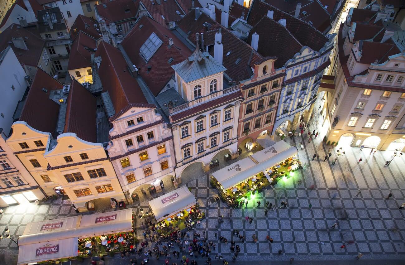 Los pubs son el centro de la vida nocturna de Praga.
