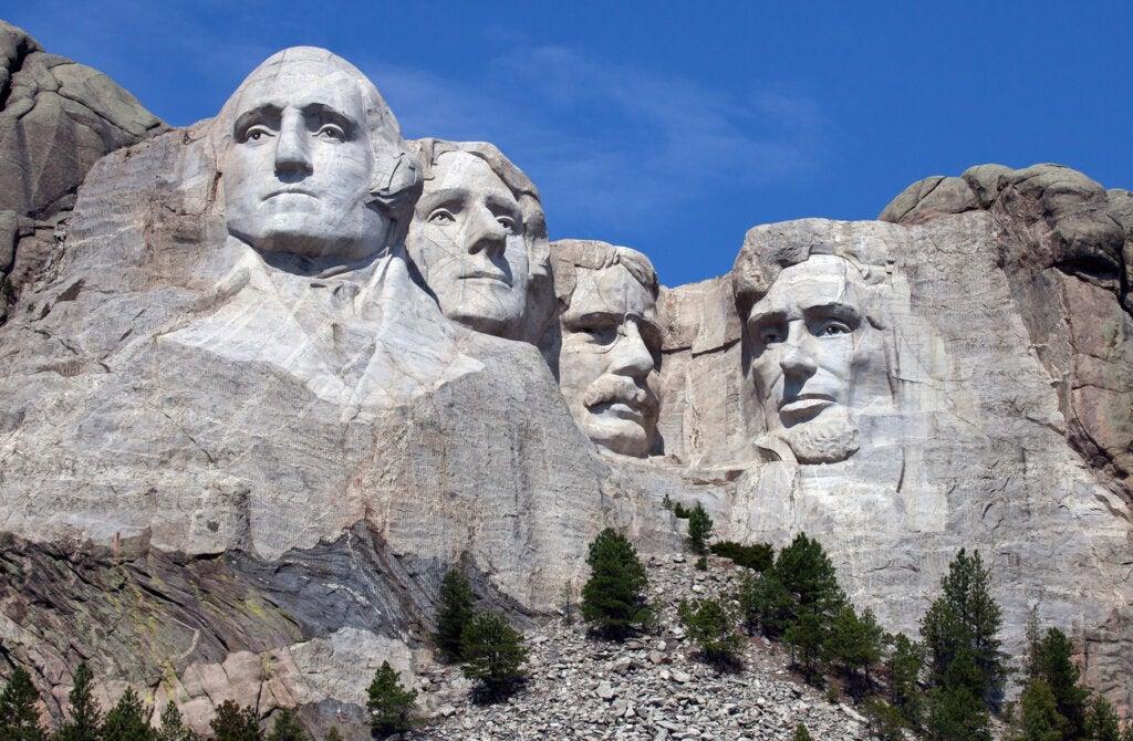 Rostros de los presidentes estadounidenses en el Monte Rushmore.