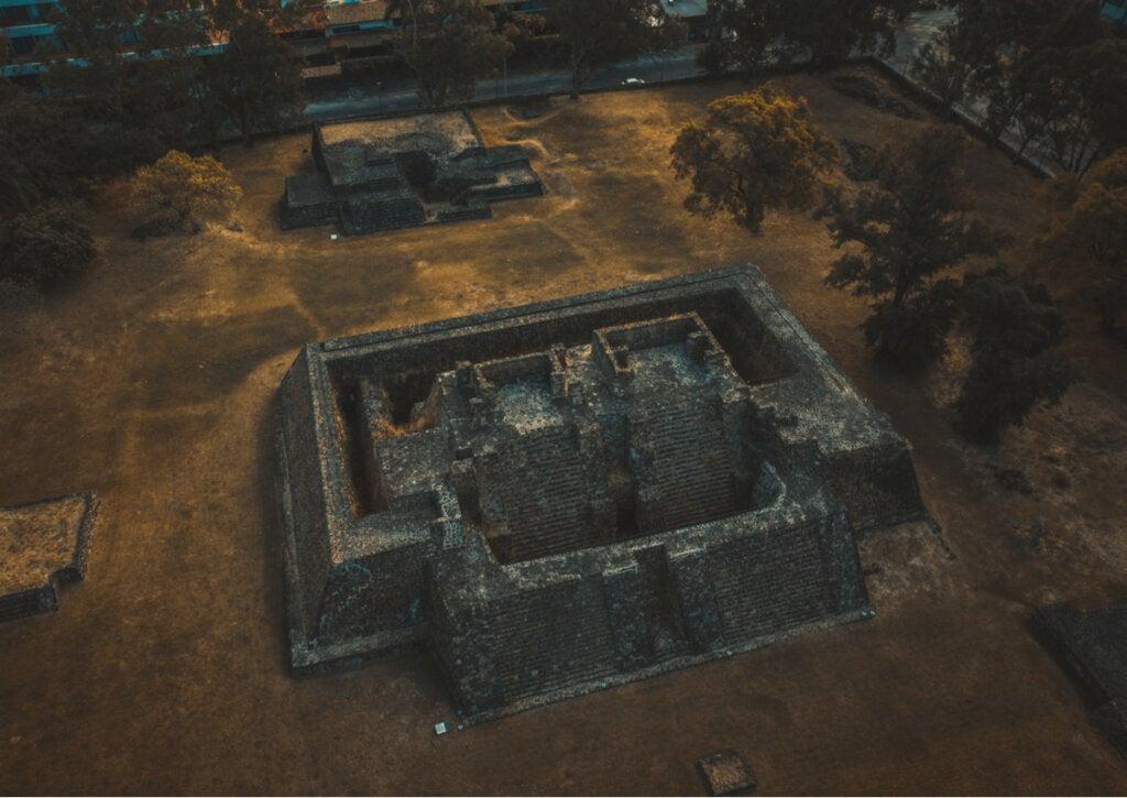 La zona arqueológica de Teopanzolco