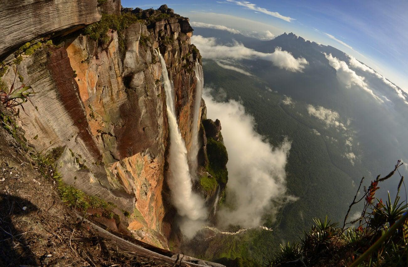 El Salto Ángel en Venezuela visto desde arriba.