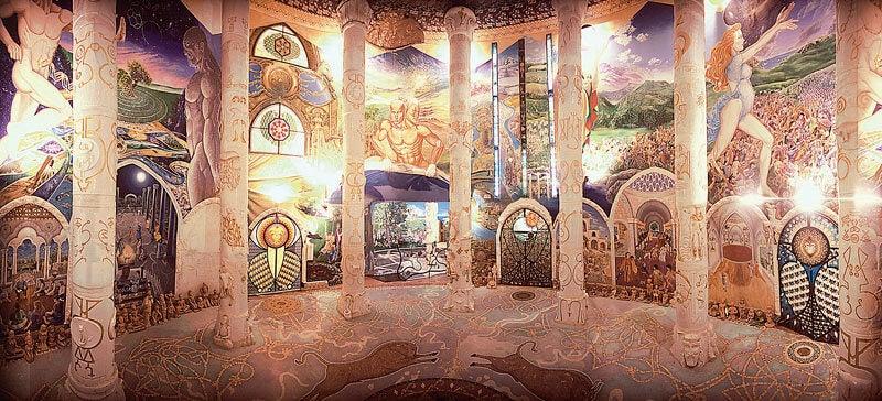 Los templos de Damanhur son un tesoro nacional en Italia.