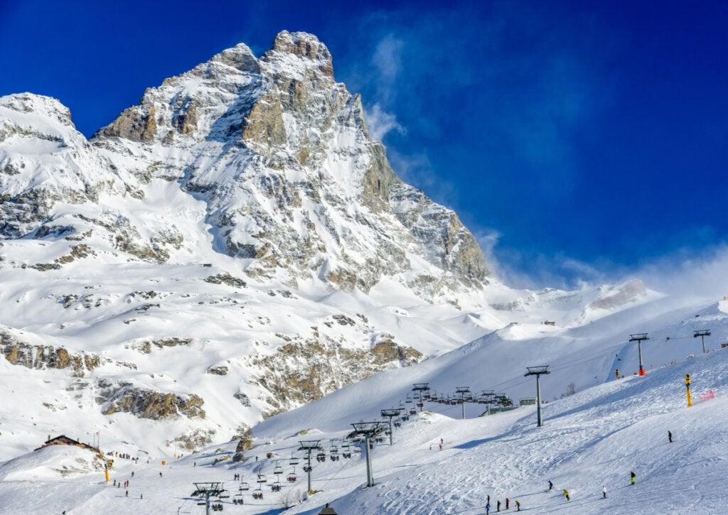 Las pistas de esquí de Breuil Cervinia están entre las mejores de los Alpes Italianos.