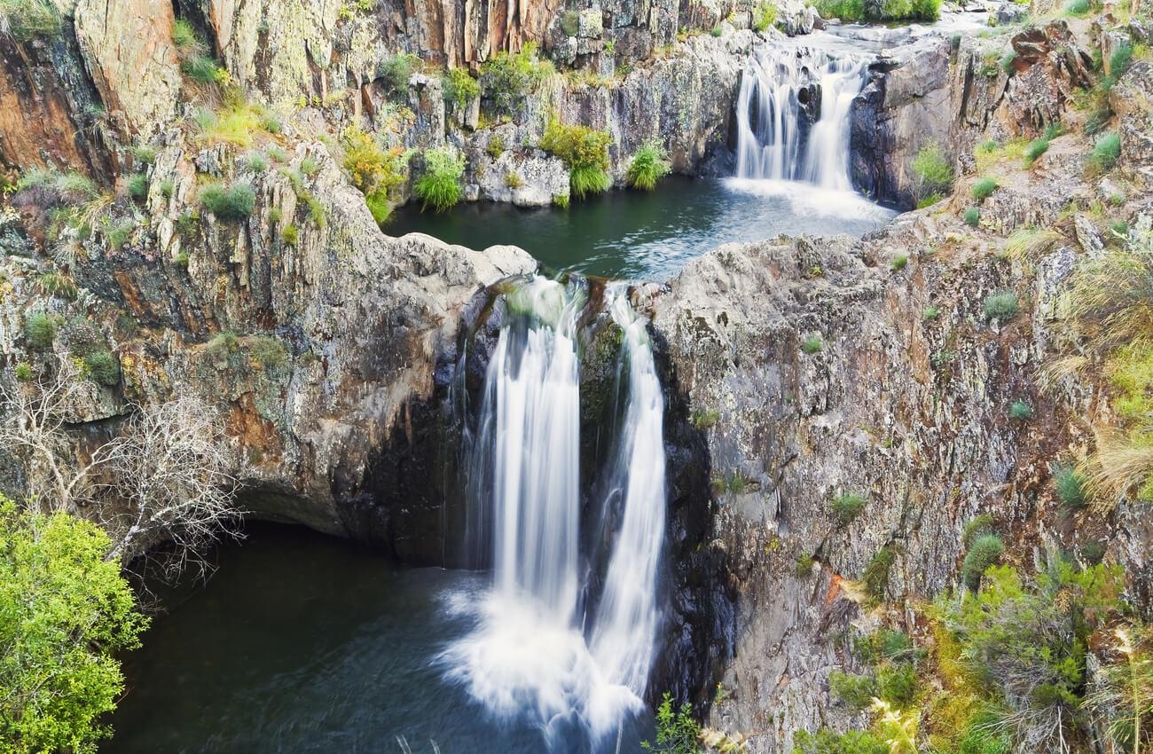 Las cascadas del Aljibe son un salto de agua que está entre las mejores cascadas de España.