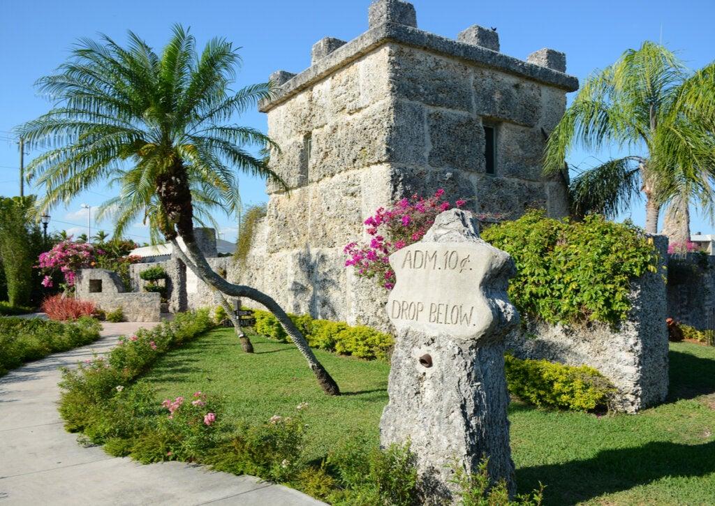 El Castillo de coral de Florida y su encantadora historia