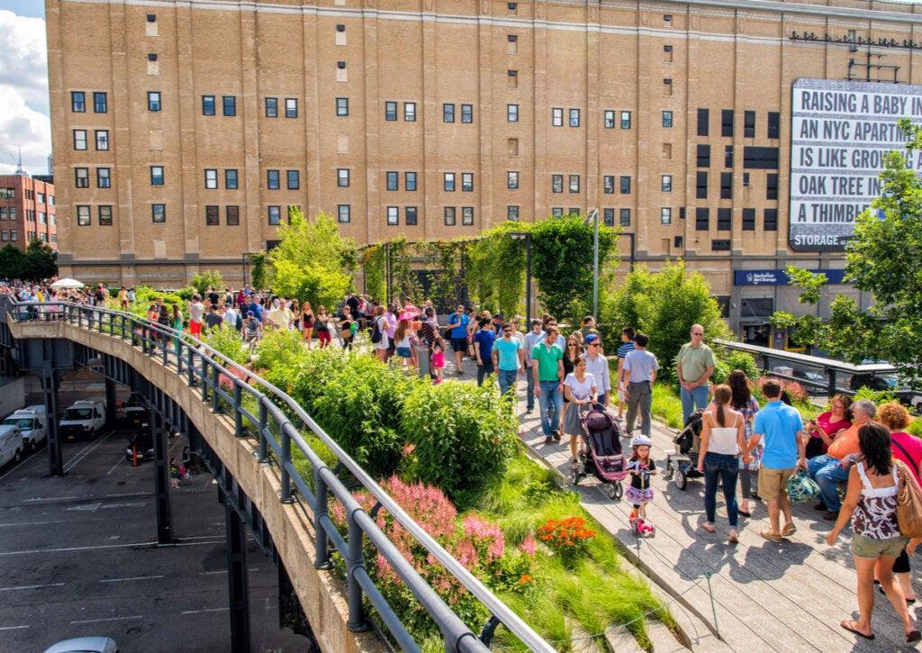 El High Line Park es un atractivo en pleno Manhattan.