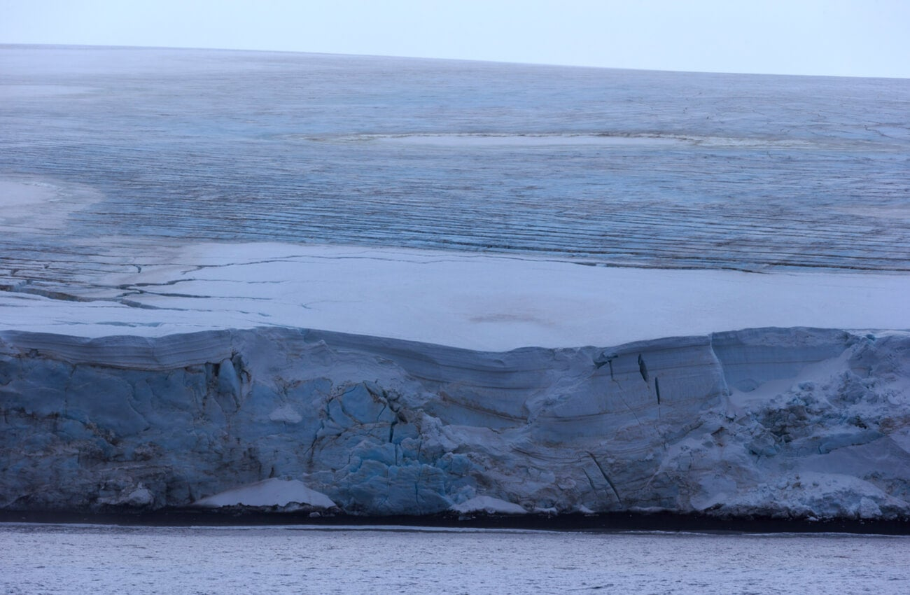 La isla Bouvet está bajo la soberanía de Noruega.